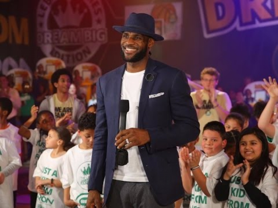 Why Lebron James Was Wrong To Endorse Hillary Clinton|Jack Hakimian Show