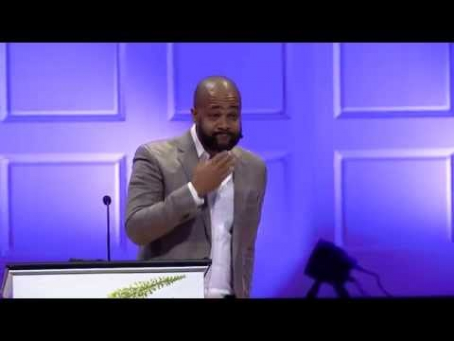 Bryan Loritts | The Multiethnic Church as the Cure to Ferguson, Charleston, and Beyond (09/04/2015)